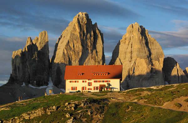 Dreizinnenh 220 Tte Rifugio Antonio Locatelli Dolomiten